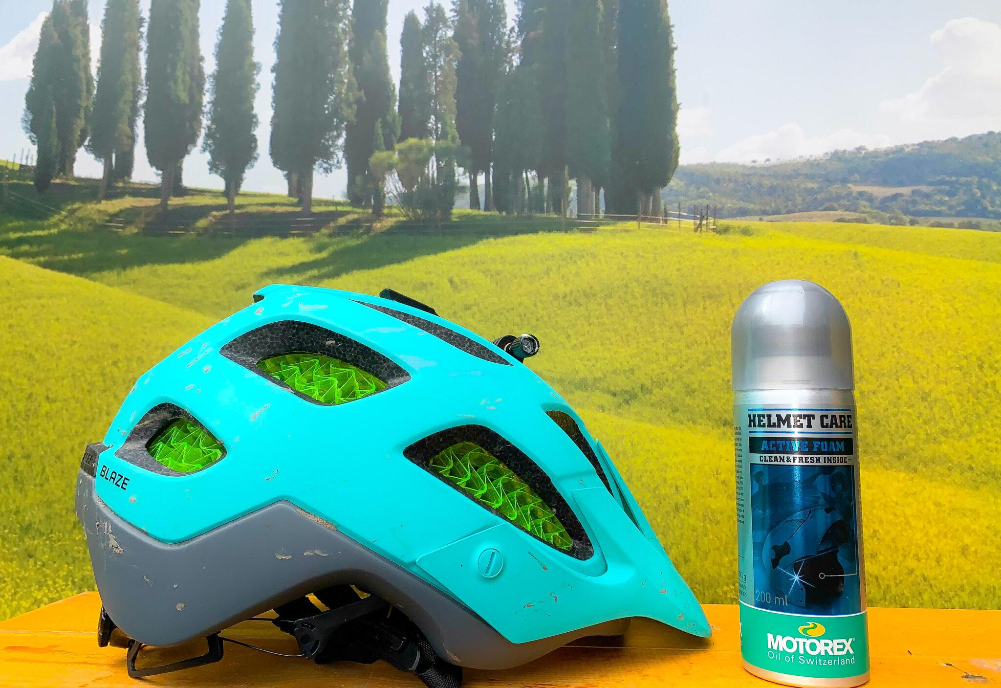 Lekker frisse helm dankzij Motorex Helmet Care Active Foam